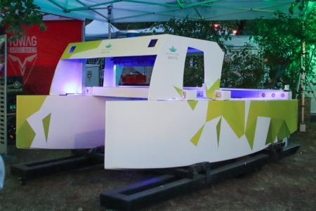 Prototyp ZeroOne der Schleiboote von Unleash Future Boats, vorgestellt beim GREENTECH FESTIVAL in Berlin