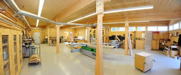 Von hier kommt Qualität: Der DHV empfiehlt seinen über 160 Mitgliedsunternehmen, am Bau von Flüchtlingsunterkünften aktiv mitzuwirken und die Produktionskapazitäten darauf auszurichten. Foto: Müller/DHV, Ostfildern; http://www.d-h-v.de