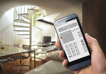 Im Smart Home Steuerung durch Mobilgeräte