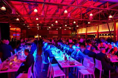 DFTA AWARD 2017: Festliche und ausgelassene Stimmung unter den rund 400 Teilnehmern / Quelle: DFTA Flexodruck Fachverband e.V.