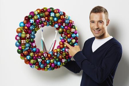 Weihnachten wird bunt: mit Kai Pflaume und den limitierten Design Editionen von Oral-B!