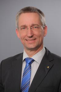 Dr. Volker Franke, Managing Director HARTING Applied Technologies, is looking forward to presenting the optimised HAII4YOU Factory at this year's trade show