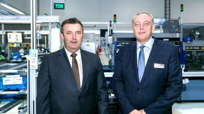 Industry 4.0: Hungarian Minister for Innovation and Technology visits Kecskemét-based Knorr-Bremse Fékrendszerek Kft. on the Night of Modern Factories
