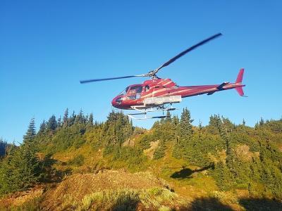 Helikopter im Überflug von Eskay Creek; Foto: Skeena Resources