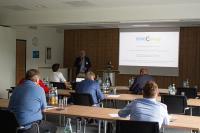Die Teilnehmer nahmen zum kleineren Teil persönlich, zum Großteil virtuell an der Veranstaltung teil. Foto: EurA AG