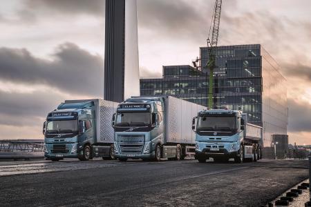 Mit drei neuen Produkten kann das Portfolio an Elektrofahrzeugen von Volvo Trucks einen wichtigen Beitrag zur Verringerung der Klimabelastung durch den Straßentransporte leisten