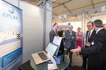 Jürgen Labbus (EPLAX), CERN Director Professor Heuet, Dr. Huthmacher (BMBF), Hans-Peter Klug (EPLAX)