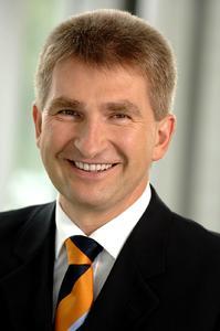 Der Schirmherr des INNOVATIONSPREISES 2008: Innovationsminister Andreas Pinkwart