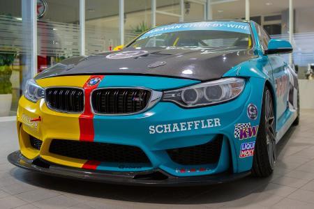 Schaeffler Paravan zeigt auf der Essen Motor Show einen 800-PS-starken BMW M4 als Technologieträger, in dem modernste Drive-by-wire-Technologie erprobt wird