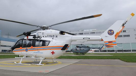 EC145 (Photo: Eurocopter, Charles Abarr)