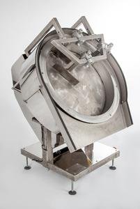 HAVER ENGINEERING specially developed the HAVER SC 500 Pelletizing Disc to meet the requirements of laboratories of mechanical processing engineering. At POWTECH 2014 the innovation will be celebrating its premiere