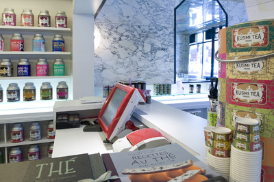 Odyssé Terminal in the KUSMI TEA store on the rue des Rosiers, Paris (photo: AURES Technologies 2010)