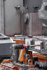 In addition to milling, drilling and reaming, thread cutting operations can also be performed.