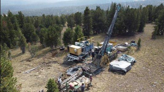 Bohrung auf dem Stillwater West-Projekt in Monatana; Quelle: Group Ten Metals