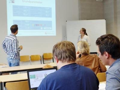 Präsenzveranstaltung im Fernstudium Logistik / Foto: Hochschule Ludwigshafen am Rhein