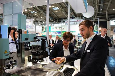 Weller - Owning the Bench: Introduction of a Series of New Products at productronica 2015