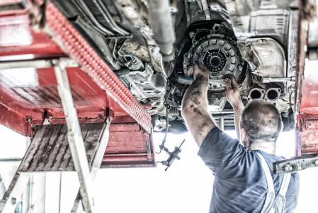 Alltrucks Truck & Trailer Service współpracuje z C-ECO: Prosty proces zwrotu starych części sprzyja zrównoważonemu wykorzystaniu surowców i ma korzystny wpływ na bilans emisji CO2