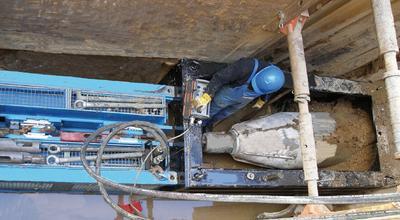 Grabenlose Erneuerung sanierungsbedürftiger Leitungen mit der GRUNDOBURST-Technik.