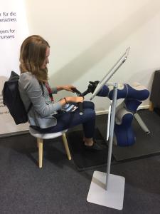 Pflegeroboter von F&P Robotics an der SINDEX