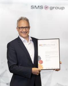 """Prof. Dr. Hans Ferkel, CTO und Mitglied der Geschäftsführung der SMS group, hat die Auszeichnung """"NRW-Wirtschaft im Wandel"""" entgegengenommen"""