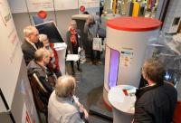Wissensvermittlung durch geführte Messerundgänge – Service der GETEC. Bildquelle: Solar Promotion GmbH