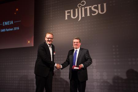 Systemhaus Cramer beim Fujitus Forum München ausgezeichnet