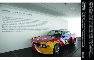 BMW 3.0 CSL Art Car von Alexander Calder im BMW Museum