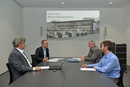 Vertragsunterzeichnung BFH/Stäubli am Headquarters von Stäubli Electrical Connectors in Allschwil