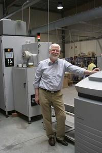 The systems from Imaging Solutions: the digital printer widePrint is directly connected with the paper processor VSP 25-12