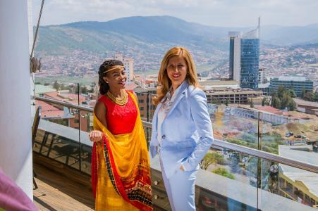 Geschäftsführerin Nelly Kostadinova in Ruanda 2018
