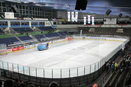 Die Korrosionsbelastung in Eissporthallen liegt zumeist zwischen C3 (mittlere Korrosivität) und C4 (hohe Korrosivität). (Foto: Sven Wanke)