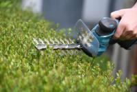 Mit akkubetriebenen Gartengeräten leise und abgasfrei arbeiten