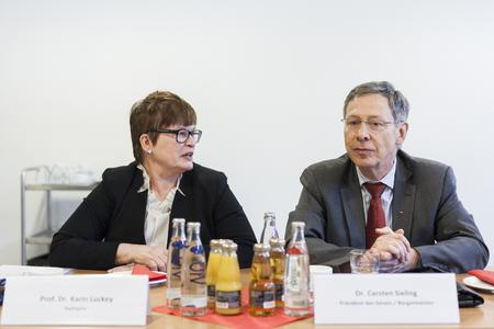Bürgermeister Dr. Carsten Sieling und Rektorin Prof. Dr. Karin Luckey (Foto: Dennis Welge, Hochschule Bremen)