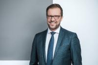 Dr. Volker Hillebrand