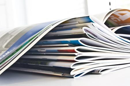 Same-day print brochures from Onlineprinters (C) naftizin - Fotolia.com