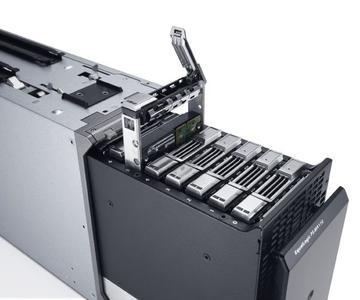 Für eine effiziente IT: Dell liefert erste EqualLogic Storage Blade Arrays und integrierte Datacenter-Lösungen aus