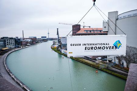 Der Umzugsspezialist Geuer International aus Senden blickt auf ein erfolgreiches Jahr 2015 zurück.