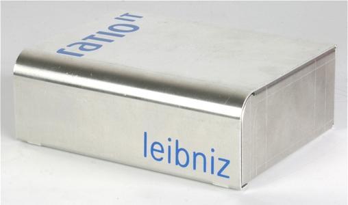 Leibniz von vorne