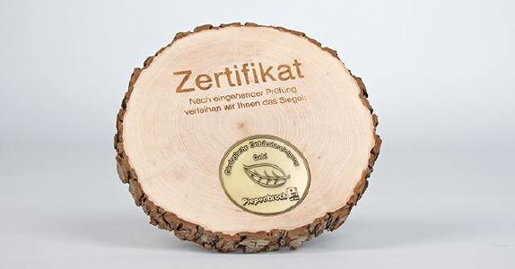 Je nach erreichter Punktezahl im Testverfahren erhalten Piepenbrock-Kunden das bronzene, silberne oder folgende Siegel Ökologische Gebäudereinigung / Bild: Piepenbrock