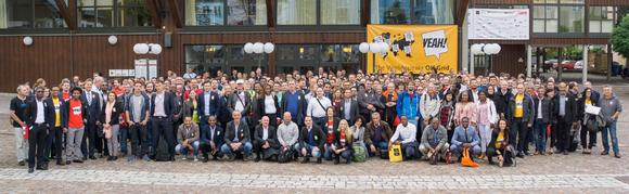 Pic 1: Besucher des Off-Grid Experts Workshop, Foto: Phaesun