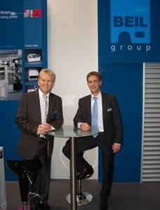 Günter Beil, Managing Partner of BEIL Registersysteme GmbH (left) and Christoph Thielmann, Managing Partner of Berth Maschinenbau GmbH (right).