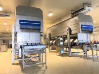 Dank seiner kompakten Bauweise lässt sich der Impingementfroster leicht in das Produktions-Layout integrieren. Foto: Dantech Freezing Systems, Bissendorf