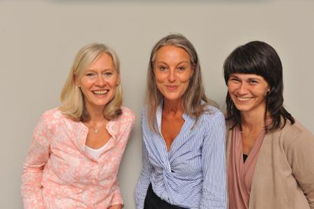 Das Team der Koordinierungsstelle Frau und Beruf (v. l.): Andrea Meyer, Christiane Finner und Ufuk Kurt, Foto: Peter Hiltmann