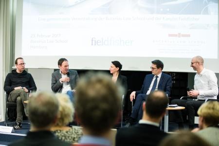 Paneldiskussion zu Regulierungen im Internet