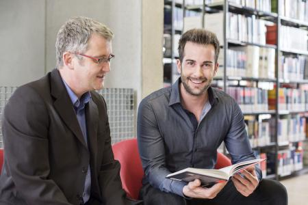 Neben dem Beruf studieren – die Angebote der Weiterbildungsakademie und der Graduate School Ostwürttemberg machen es möglich / Fotonachweis: © Hochschule Aalen/ Sandor Brezger