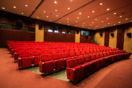 Zum Planetarium gehört auch ein 3D-Kinosaal mit 160 Plätzen. (c)Frank-Michael Arndt