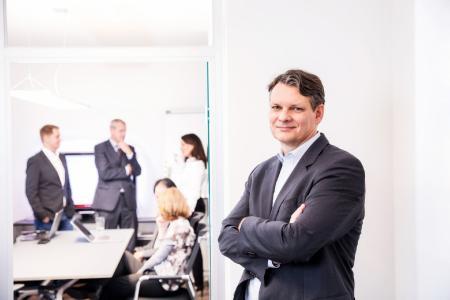 Ingo Simon ist Geschäftsführer der SAVISCON GmbH