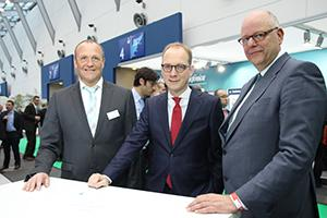 From Left to Right: Hartmut Entrup arvato Systems, Timo v. Lepel Telefónica, Thomas Nautsch arvato Systems