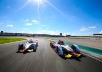 Die Formel E liefert wichtige Erkenntnisse für die Software-Entwicklung von Serienfahrzeugen. (Foto: © Audi Communications Motorsport / Michael Kunkel)