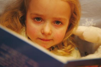 An der Fernakademie lernen, für Kinder und Jugendliche zu schreiben.(Quelle: Fernakademie für Erwachsenenbildung)